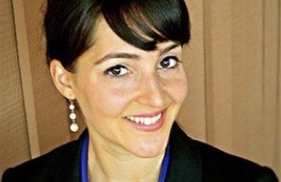 Dr.Nazanin
